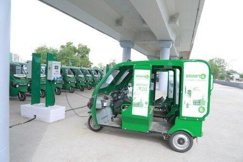 Last Mile Connectivity - Smart E Rickshaws